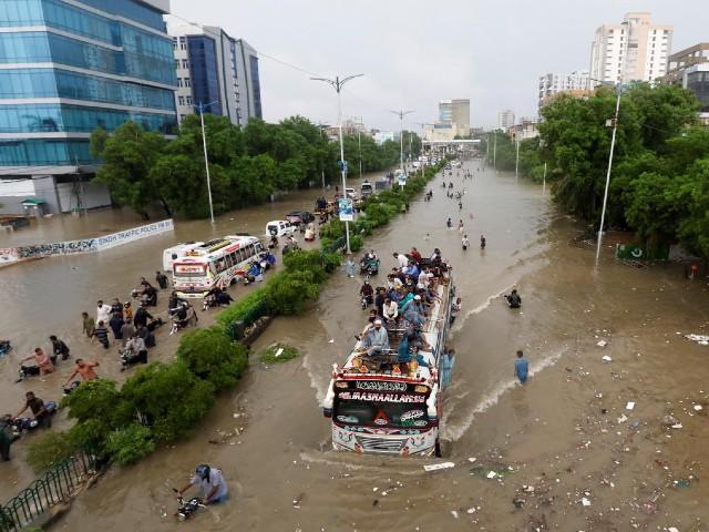 president alvi promises infrastructure development projects for karachi s industrial zones