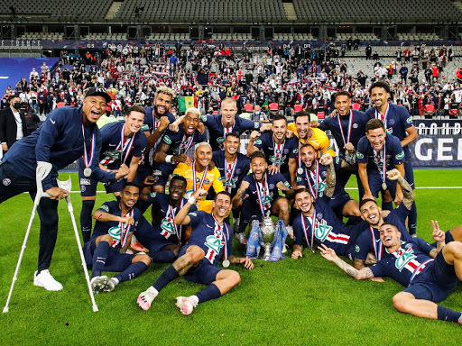 psg win french cup but mbappe injured