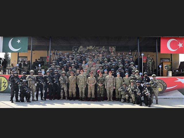 closing ceremony held in terbela photo ispr