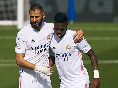 all eyes on real forwards after benzema criticism of vinicius revealed