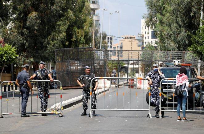 parliament speaker urges new lebanese government after huge blast us envoy due in beirut