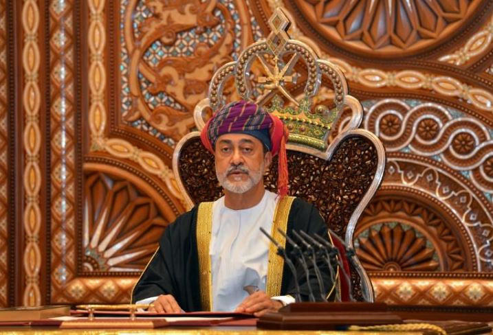 oman transfers powers from sultan s remit in government revamp
