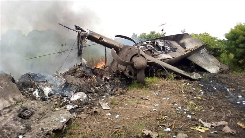 several feared dead as plane crashes in south sudan