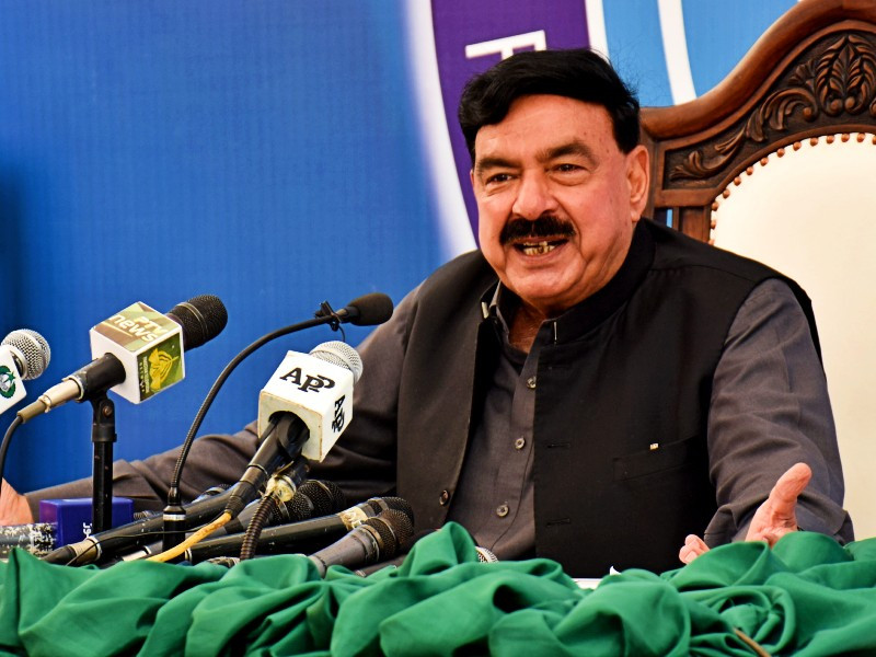 federal minister for interior sheikh rashid ahmed addressing a press conference at fia zonal office in karachi on april 9 2021 photo pid