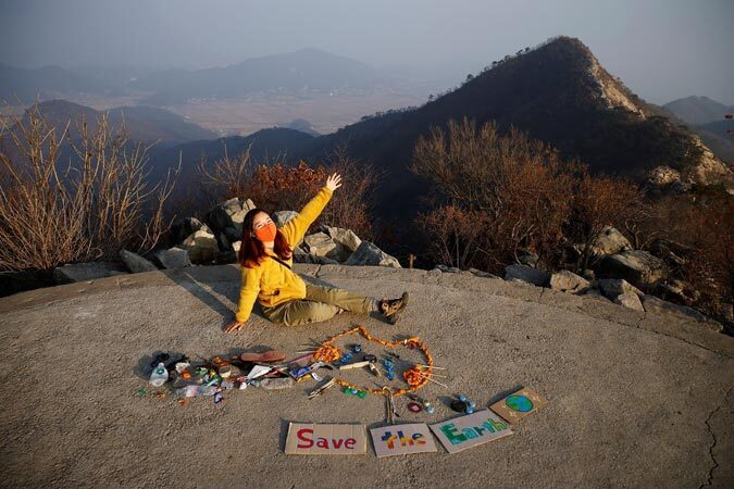 south korean hiker turns mountain trash into art
