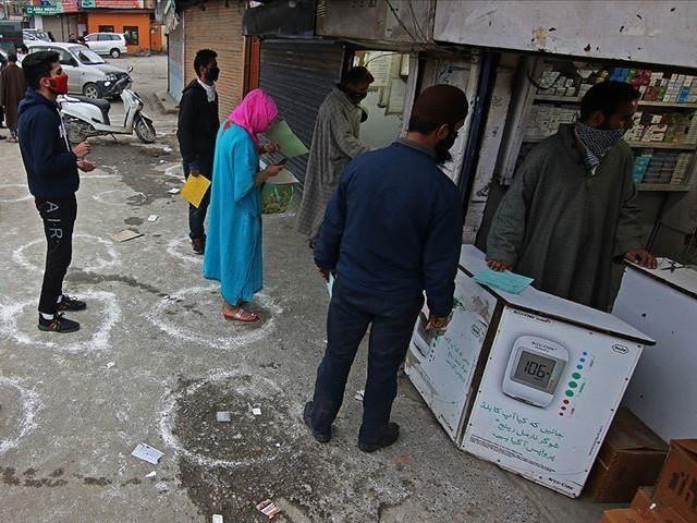 kashmiri samaritan arranges burials for covid 19 dead