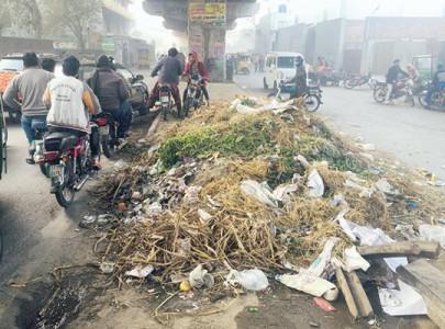 lwmc fails to clean up city