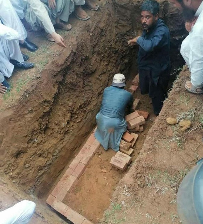 Funeral preparations for Dr AQ Khan's burial underway in Islamabad