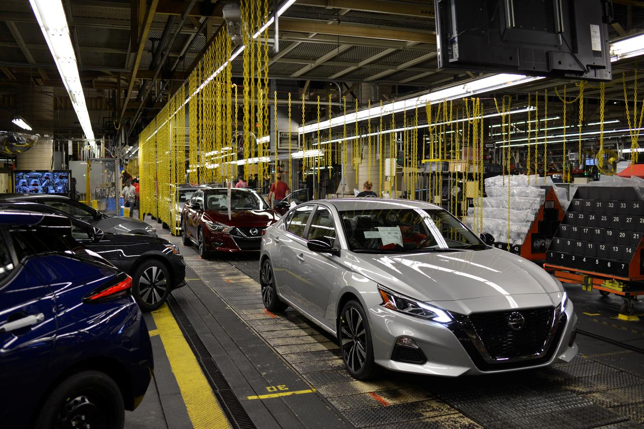 auto sector rejects fbr s data demand