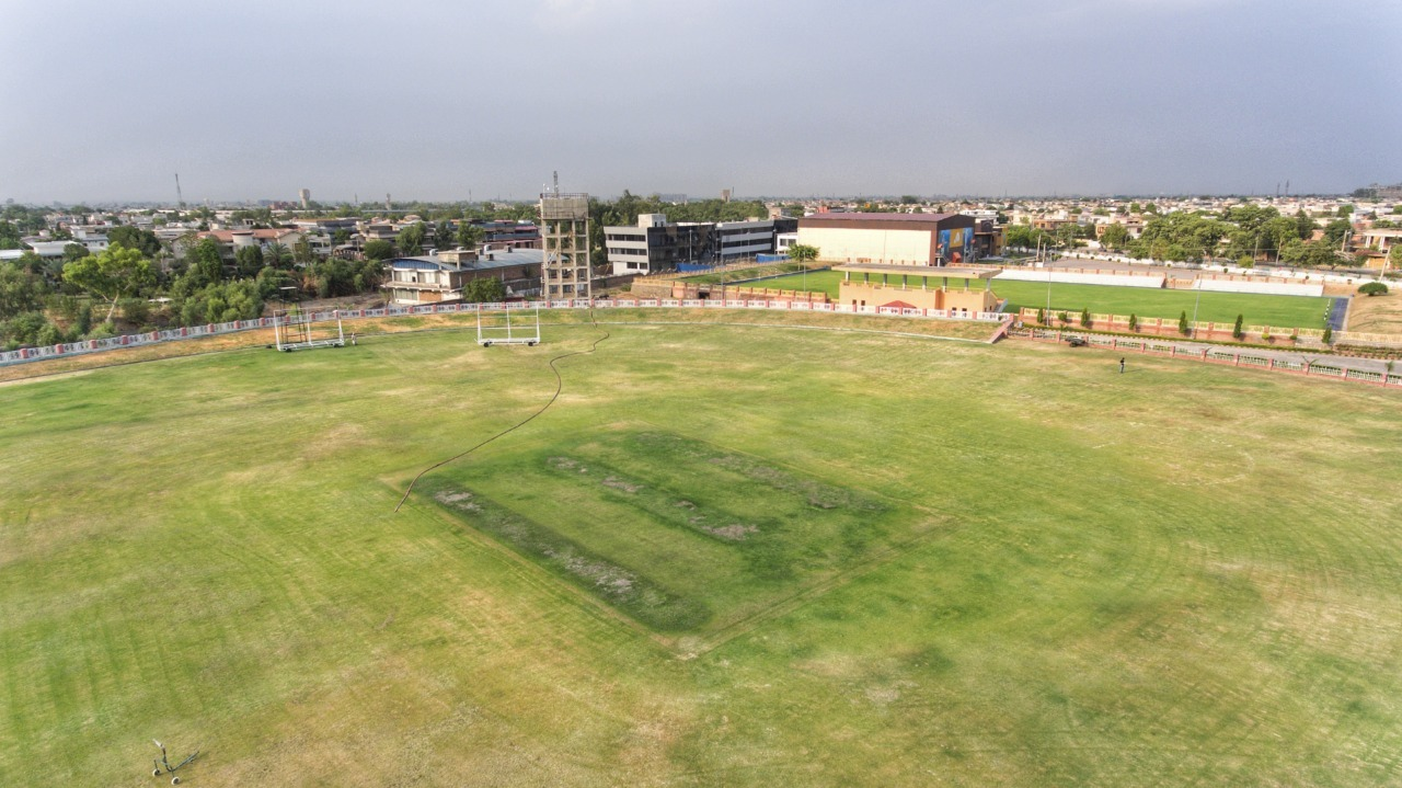 pcb unsatisfied with progress at hayatabad sports complex ahead of psl 6