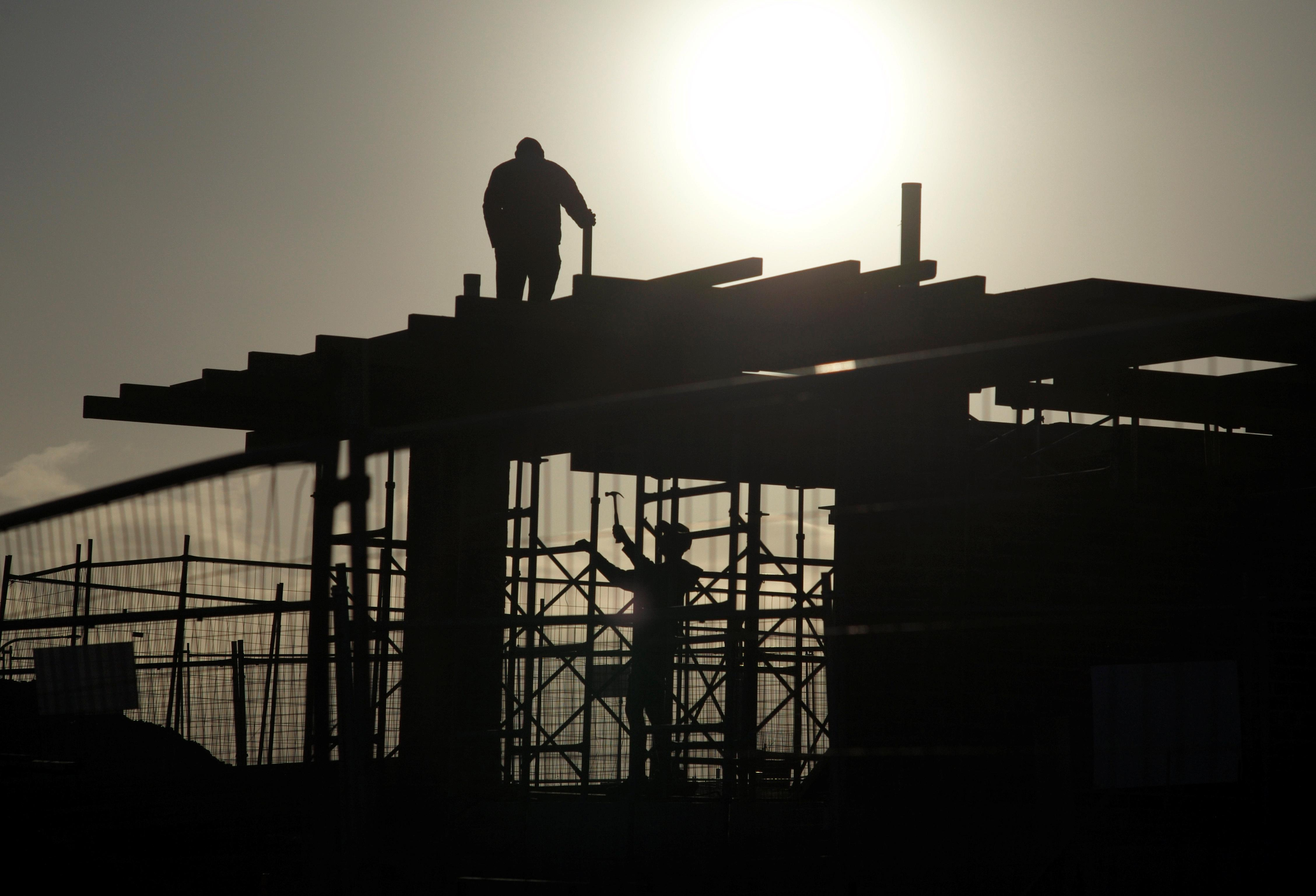 construction amnesty to benefit wealthy say economists