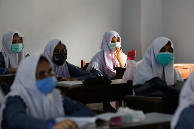 khyber residents want 9 girls schools reopened