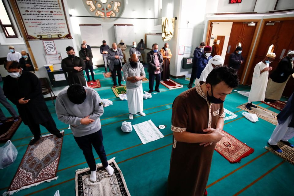 Muslims mark Eid with masks & prayers amid Covid