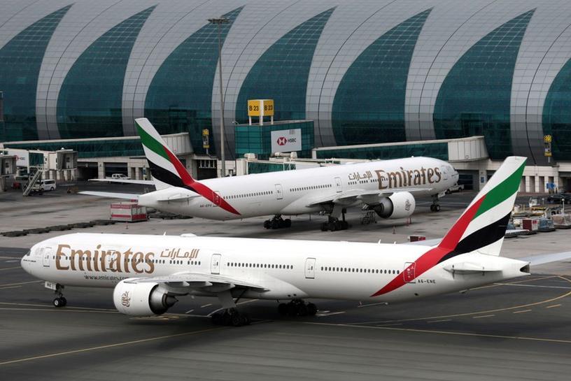 emirates stops flights to major australian cities