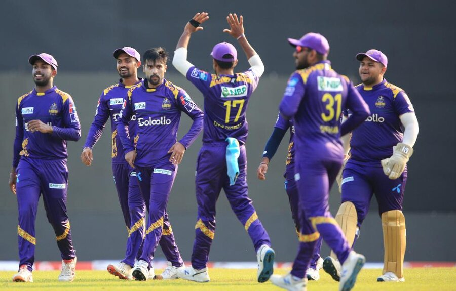 amir stars with five wicket haul for gladiators in lpl