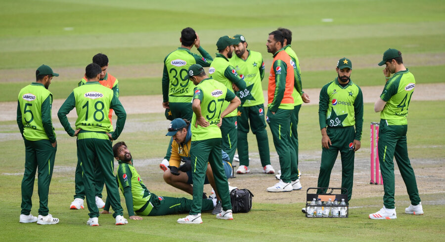 they should be punished new zealanders turn against pakistan team