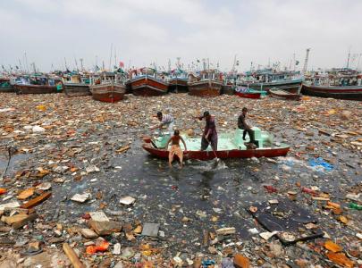 sailing through a sea of trash
